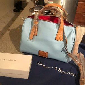 Bundle. Matching Kendra Satchel with wallet.